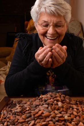 Süß&Salzig Geniessen Sie den Duft frisch, gerösteter Kakao Bohnen.